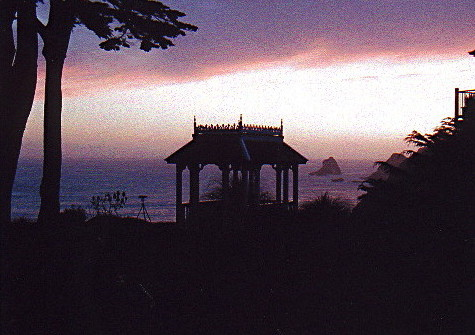 gazebo_sunset-2.jpg